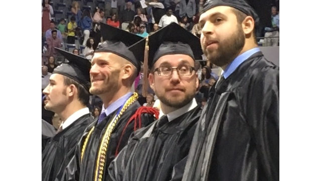 IPFW commencement 4_258740