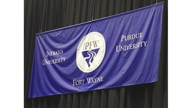 IPFW commencement 7_258743
