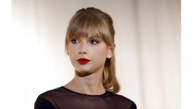 Police: After jail, Taylor Swift's stalker breaks in again