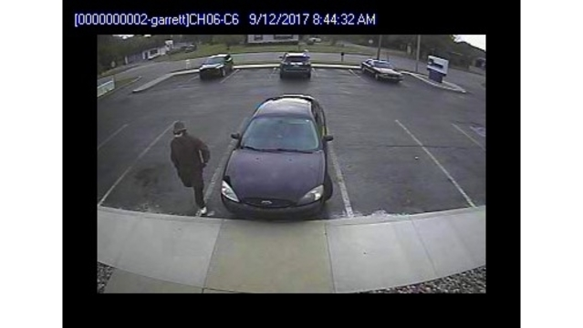 Garrett Beacon Credit Union robbery suspect surveillance_282867