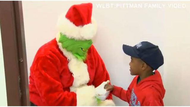 boy dials 911 to say grinch stealing christmas - Stealing Christmas