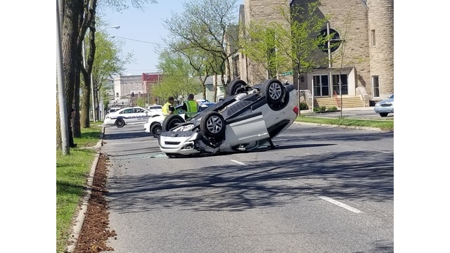 1 seriously hurt in south-side crash