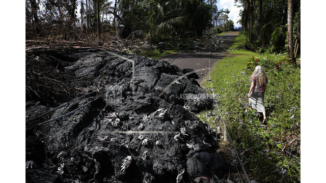 The Latest: New fissure spatters lava from Hawaii volcano