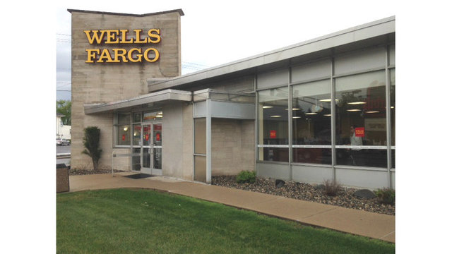 Flagstar Bank to acquire Fort Wayne Wells Fargo branches