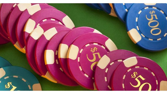 Indiana lawmakers considering casino moves, sports betting