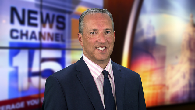 Dirk Rowley joins WANE as anchor