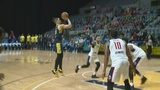 Go-Go race past Mad Ants on the road
