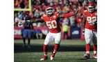 Colts agree to terms with Justin Houston